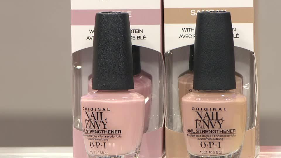OPI 2 Piece Bubble Bath & Nude Envy Nailcare Collection - Page 1 ...