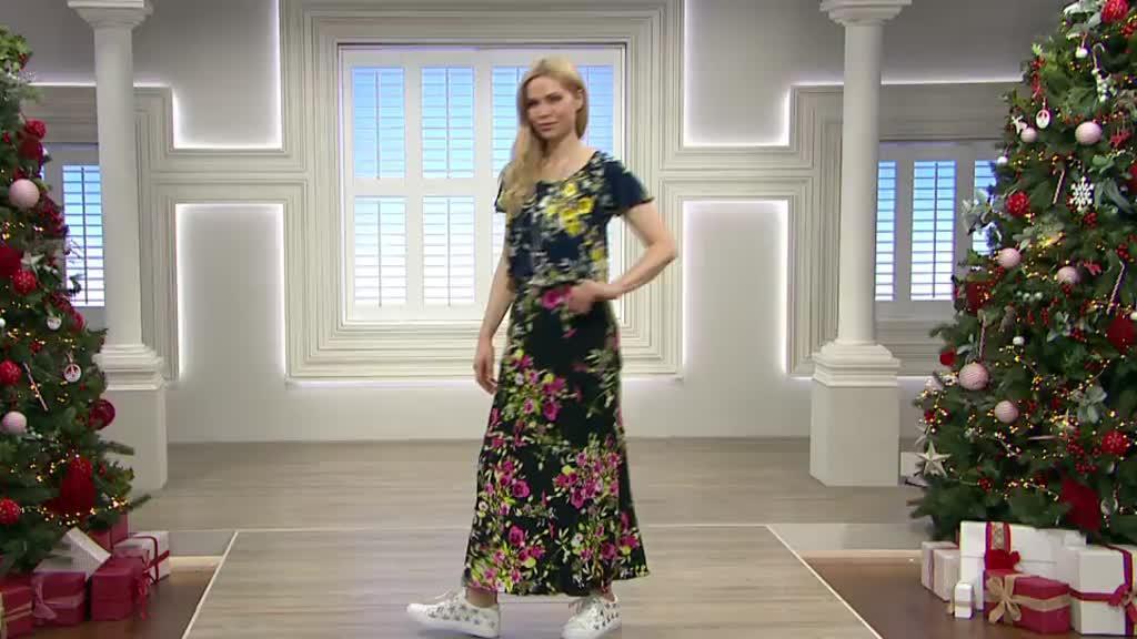 ba8967d5e891 Kim   Co Country Bouquet Brazil Jersey Tiered Maxi Skirt - QVC UK