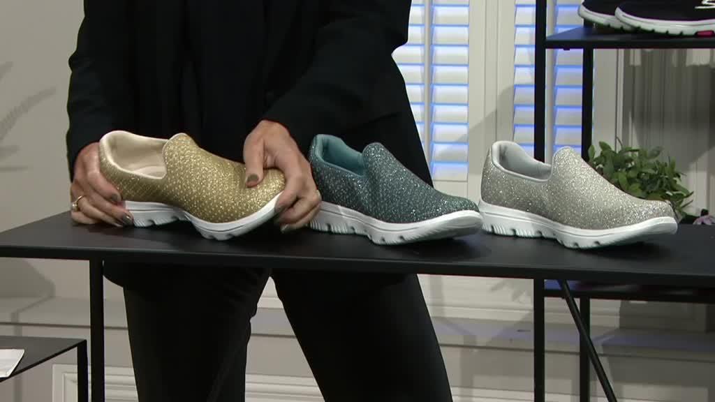 Skechers Go Walk Sparkle Crochet Slip