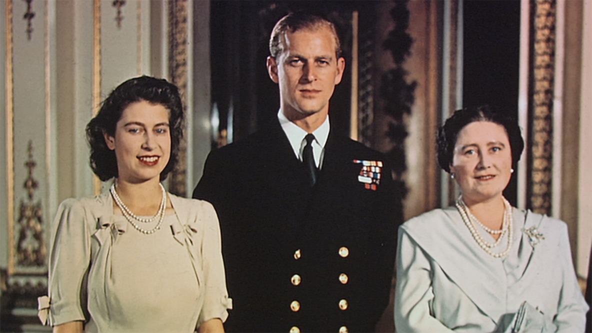 The Queen's Coronation: Behind Closed Doors
